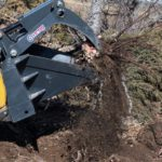 Skid-Steer-Stump-Bucket-Grapple-Attachment-Virnig-Manufacturing