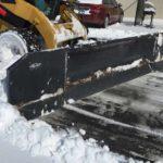 skid-loader-hydraulic-snow-bladepusher-combo-attachment-virnig-manufacturing-2