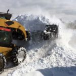 skid-steer-hydraulic-snow-blade-pusher-plow-combo-attachment-virnig-manufacturing-5
